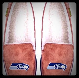 Seattle Seahawks Moccasins Slippers new  7/8